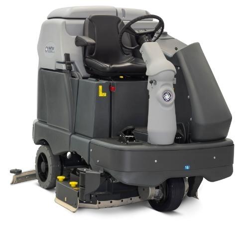 Поломоечная машина с сиденьем для оператора Nilfisk SC6500 1100D - фото 5153